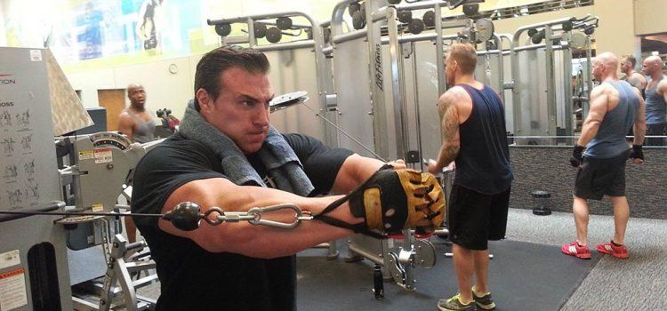 Il sistema di allenamento per bodybuilding Blastoff